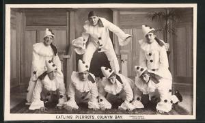 AK Catlins Peirrots, Colwyn Bay, Harlekins machen Akrobatik