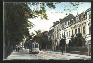AK Trier, Bahnhofstrasse mit Strassenbahn