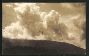 AK Volcan Mayon en erupción 1928, Vulkanausbruch