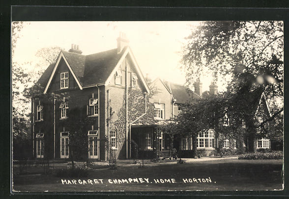 AK Horton, Margaret Champney, Home, Fassade mit Garten 0