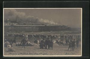 AK Hastings, Burning of the Pier July 15th 1917