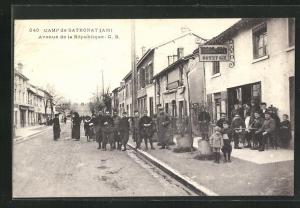 AK Camp de Sathonay, Avenue de la Republique