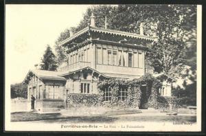 AK Ferrières-en-Brie, Le Parc - La Faisanderie