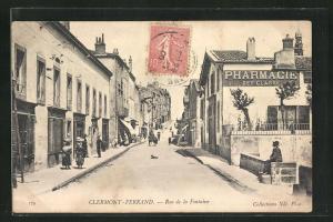AK Cermont-Ferrand, Rue de la Fontaine, Strassenpartie