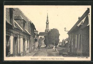 AK Verneuil, L`Eglise et la Place Notre-Dame