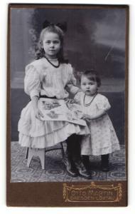 Fotografie Otto Martin, Dresden-Löbtau, Portrait Kleinkind und ältere Schwester