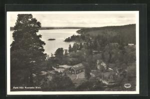 AK Kvarsebo, Partie fran Kvarsebo Klint, Blick auf Häuser am Ufer
