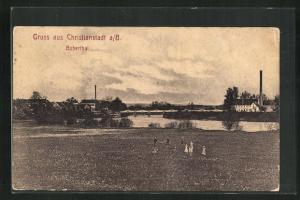 AK Christianstadt / Krzystkowice, Blick über den Bober auf den Ort