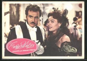 AK Filmszene aus Ewiger Walzer - Frauen um Johann Strauss, Paar auf einem Ball