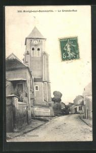 AK Montgé-sur-Dammartin, La Grande-Rue