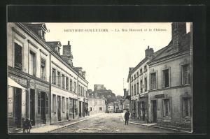 AK Montoire-Sur-Le-Loir, La Rue Ronsard et le Chateau