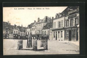 AK La Loupe, Place de l'Hotel de Ville