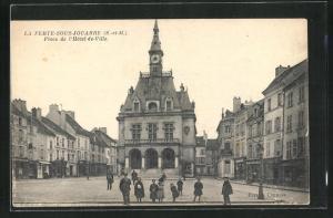 AK La Ferte-sous-Jouarre, Place de l'Hotel-de-Ville