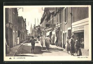 AK Langrune, Rue de la Mer, Strassenpartie