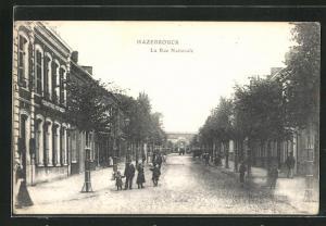 AK Hazebrouck, La Rue Nationale, Strassenpartie