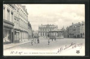 AK Bergues, Place de l`Hotel-de-Ville