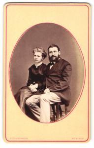 Fotografie Otto Reitmayer, München, Portrait bürgerliches junges Paar