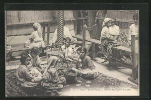 AK arabischer Handwerker, Kinder beim Teppich knüpfen, Ecole de Tapis Arabes