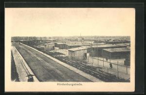 AK Sprottau, Kriegsgefangene, Blick ins Lager mit Hindenburgstrasse, Allied POW Camp