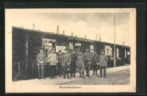 AK Sprottau, Kriegsgefangene vor Baracke, Kommandantur, Allied POW Camp
