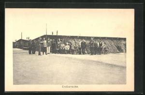 AK Sprottau, Kriegsgefangene vor Erdbaracke, Allied POW Camp