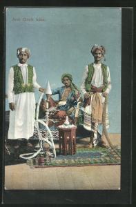 AK Aden, Arab Chiefs, Araber raucht die Wasserpfeife