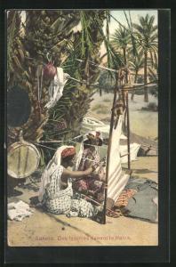 AK Sahara, Des Femmes tissant la Haick, arabische Weberinnen bei der Arbeit