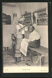 AK Barbier Arabe, arabischer Friseur bei der Arbeit