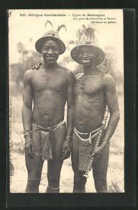 AK Types de Mankaignes, Les gens de cette tribu se liment les dens en pointe, halbnackte Afrikaner mit Schnittwunden