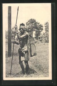 AK afrikansicher Jäger mit Speer