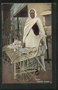 Künstler-AK Indian Nurse Ayah, Krankenschwester mit Kinderwagen