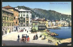 AK Rapallo, Blick auf Uferstrasse mit Restaurant und Häusern