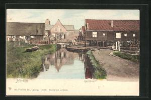 AK Marken, Kerkbuurt, Blick auf Gewässer und Häuser am Ufer