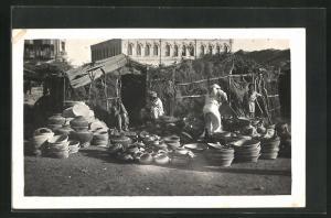 AK Karachi, Töpfer am Markt