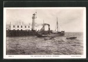 AK Scarboro, The Lighthouse and Trawler, Leuchtturm
