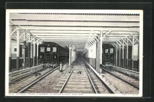 Künstler-AK New York, Express Trains in Subway at Spring Street, U-Bahn