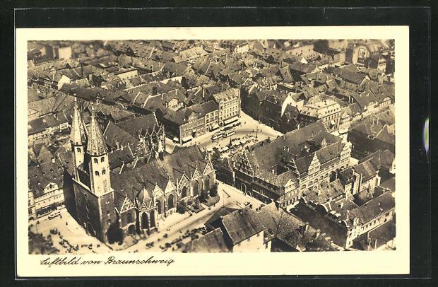 AK Braunschweig, Ortspartie mit Kirche aus der Vogelschau 0
