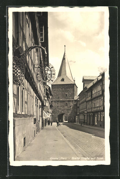 AK Goslar / Harz, Breite Strasse mit Turm 0