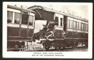 AK Quintinshill, Terrible Troop Train Disaster, one of the Telescoped Carriage, Eisenbahnkatastrophe
