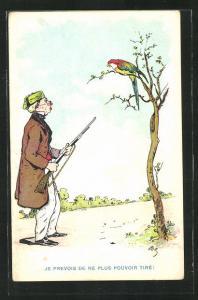 Künstler-AK Jagdhumor, Jäger mit Gewehr zielt auf einen Papageien im Baum