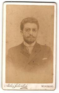 Fotografie Atelier Siebenlist, Würzburg, Portrait stattlicher junger Mann mit Zwicker und Bart
