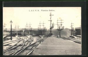AK London, L. & S. W. R. Waterloo Station, Bahnhof