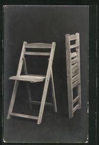 AK zwei Holz-Klappstühle, Bauhaus