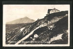 AK Prinz Heinrich-Baude mit Blick auf die Schneekoppe im Riesengebirge