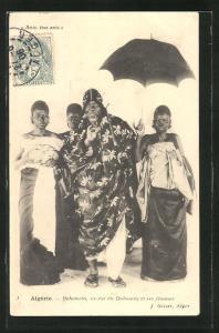 AK Behanzin, ex-roi du Dahomey et ses femmes