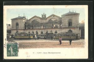 AK Paris, Gare Montparnasse, Strassenbahn vor dem Bahnhof