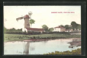 AK Barnet Gate, The Old Mill, Blick zur Windmühle
