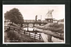 AK Rye, The Old Mill, Blick zur Windmühle