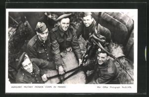 AK Men of the Auxiliary Military Pioneer Corps at work, britische Soldaten bei der Arbeit