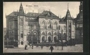 AK Bremen, Pasanten und Strassenbahn vor der Börse